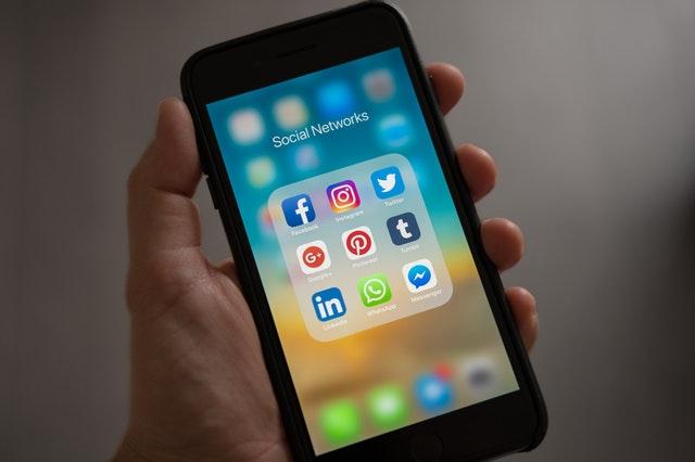El talento y el trabajo está en las redes sociales